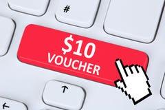 Internet en ligne d'achats de vente au rabais de cadeau de bon des 10 dollars SH Images stock