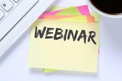Internet för Webinar online-seminariumutbildning som lär att undervisa som är halvt Royaltyfri Bild