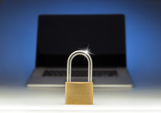 Internet-Laptop-Computer Sicherheitsschloss Lizenzfreie Stockbilder
