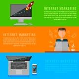 Internet-marketing werkende plaats Vectorgadgets Royalty-vrije Stock Afbeeldingen