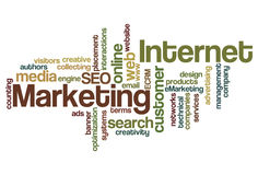Internet-Marketing-Wort-Wolke Stockfotos