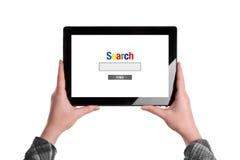 Internet op Tabletcomputer zoek royalty-vrije stock foto