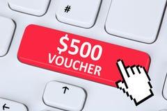 Internet s för shopping för försäljning för rabatt för 500 dollar kuponggåva online- Arkivfoton