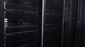 Internet-telecommunicatietechnologie, grote gegevensopslag, wolk de dienst van de bedrijfs gegevensverwerkingscomputer concept: s stock videobeelden