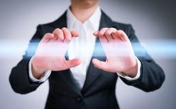 Internet-, Vernetzungs- und Geschäftskonzept Lizenzfreies Stockbild