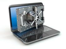 Internetsäkerhet. Dörr för bärbar dator och öppnande asks för säker insättning. Arkivbild