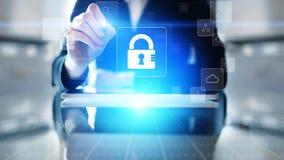Internetsicherheit, Personendatenschutz, Informationsprivatleben Vorhängeschlossikone auf virtuellem Schirm Getrennt auf Weiß lizenzfreie abbildung