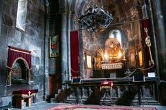Interni del monastero di Geghard in Armenia Fotografie Stock