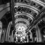 Interni della cattedrale barrocco della chiesa cattolica romana a Salisburgo, Austria Immagini Stock