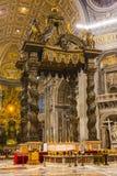 Interni di una chiesa Immagine Stock Libera da Diritti