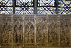 Interni e dettagli della basilica di St Denis, Francia Immagine Stock