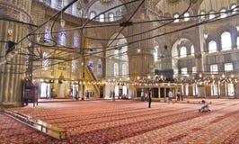 Interno (blu) della moschea di Sultan Ahmed fotografia stock libera da diritti