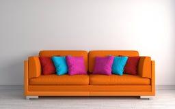 Interno con il sofà arancio illustrazione 3D Immagini Stock Libere da Diritti