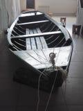 Interno con l'imbarcazione a remi Fotografie Stock
