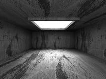 Interno concreto scuro vuoto della stanza con plafoniera Fotografia Stock Libera da Diritti