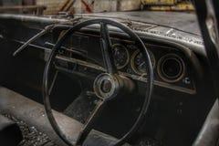 Interno d'annata dell'automobile Fotografia Stock Libera da Diritti