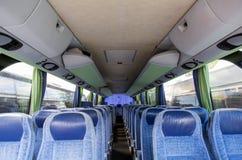Interno del bus di viaggio fotografia stock
