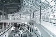 Interno del centro commerciale a Marina Bay Sands Fotografie Stock Libere da Diritti