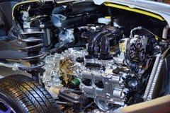 Interno del motore di automobile e molla di sospensione della ruota Immagine Stock