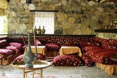 Interno del ristorante turco tradizionale Fotografia Stock