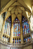 Interno del san Vitus Cathedral al castello di Praga Immagine Stock