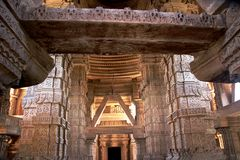 Interno del tempio di Saas-Bahu Immagini Stock Libere da Diritti