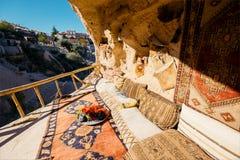 Interno dell'abitazione di caverna in Cappadocia La Turchia Fotografia Stock Libera da Diritti