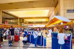 Interno dell'aeroporto di Los Angeles nominato da Tom Bradley Terminale internazionale immagini stock