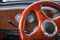 Interno dell'automobile fotografie stock