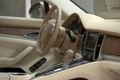 Interno dell'automobile di lusso Fotografia Stock Libera da Diritti