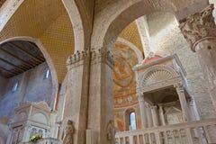 Interno della basilica di Aquileia fotografia stock libera da diritti