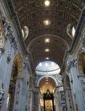 Interno della basilica di St Peter fotografia stock libera da diritti