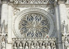 Interno della cattedrale del ` s di Amiens fotografia stock