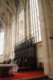 Interno della cattedrale del ` s di St Martin con l'altare, Bratislava Fotografia Stock