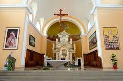 Interno della cattedrale del ` s di St Stephen in Shkoder, Albania fotografie stock libere da diritti