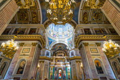 Interno della cattedrale di Isaac del san in San Pietroburgo Fotografia Stock
