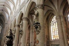 Interno della cattedrale di St Michael e della st Gudula, Bruxelles, Belgio Immagini Stock