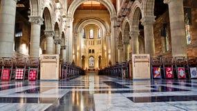 Interno della cattedrale St Anne a Belfast immagini stock libere da diritti