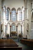 Interno della chiesa Colonia della st Kunibert Fotografie Stock