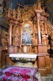 Interno della chiesa gotica in Tvrdosin, Slovacchia Fotografia Stock