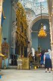 Interno della chiesa ortodossa antica dell'icona della nostra signora del segno, chiesa di Znamenskaya in proprietà terriera Dubr Fotografie Stock