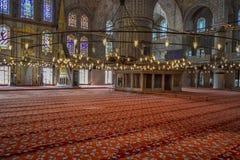 Interno della moschea blu a Costantinopoli fotografie stock