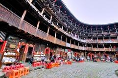 Interno della residenza tradizionale di Southen Cina, castello della terra Fotografia Stock