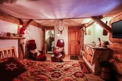 Interno della stanza di albergo di lusso nello stile dell'annata Fotografia Stock
