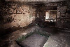Interno della tomba immagini stock