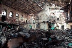 Interno dello zuccherificio abbandonato e distrutto in Ramon fotografia stock libera da diritti