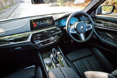 Interno di BMW 5-Series 2017 Immagine Stock