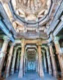 Interno di Jami Masjid, un'attrazione turistica importante al parco archeologico di Champaner-Pavagadh - Gujarat, India Immagine Stock Libera da Diritti