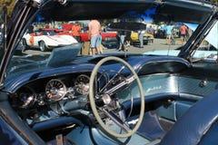 Interno di lusso americano classico dell'automobile sportiva fotografia stock
