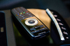 Interno di Mercedes-Benz Car di lusso S350 Telecomando per il sistema multimediale incorporato Fotografia Stock